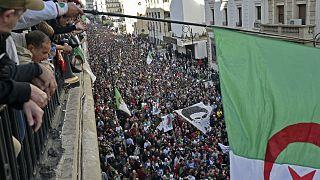 Paris und Algerien: Proteste gegen Präsidentenwahl am 12. Dezember