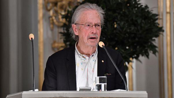 Sırp yanlısı olmakla suçlanan Nobel ödülü sahibi Handke: Fikirleri değil, edebiyatı seviyorum