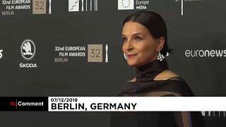 Elegante alfombra roja en los Premios del Cine Europeo