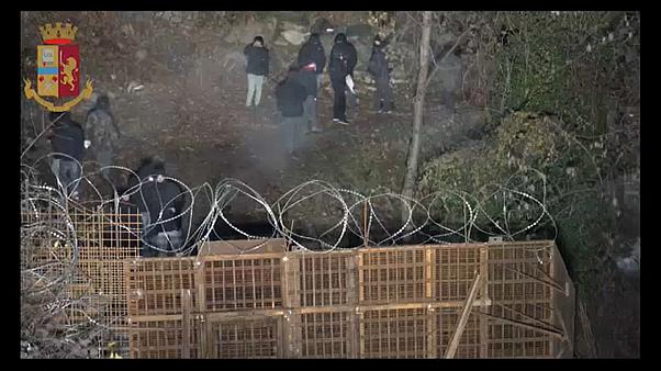 Italie : les NoTAV attaquent le chantier de construction à Chaumont