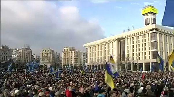 Több ezren tüntettek Kijevben
