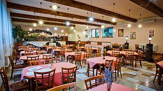 صورة لأحد المطاعم