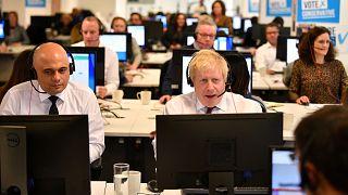 İngiltere Başbakanı Boris Johnson seçim kampayası ofisinde