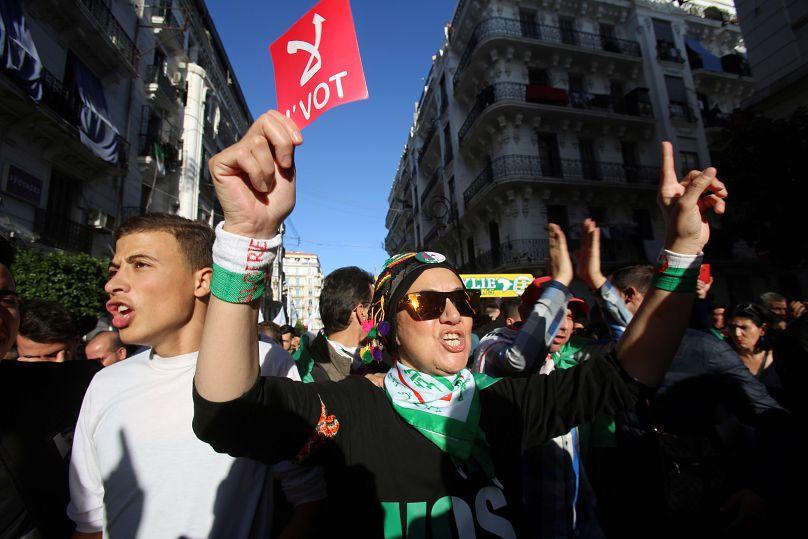 رمزي بودينة/رويترز
