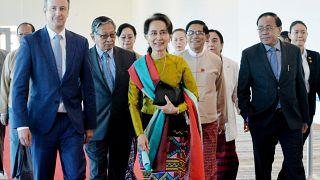 Génocide des rohingyas en Birmanie : Aung San Suu Kyi va défendre l'indéfendable devant la CIJ
