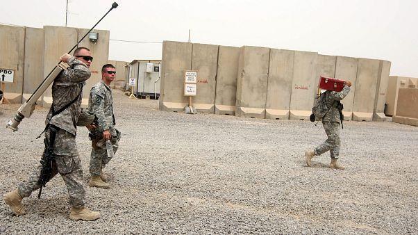 نيروهای نظامی آمریکایی در پایگاه نظامی پیروزی در نزدیکی فرودگاه بغداد