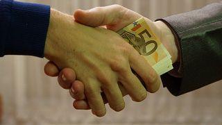 Dünya Yolsuzlukla Mücadele Günü: Her yıl 1 trilyon dolar rüşvet veriliyor, yolsuzluk can alıyor