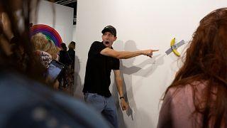 Художник съел произведение коллеги за 120 тысяч долларов