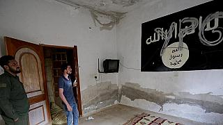 "تركيا ترحّل 11 فرنسيا يشتبه بانتمائهم لـ""داعش"""