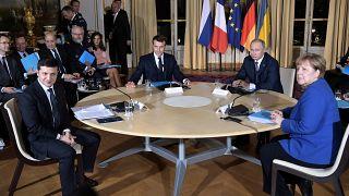 المستشارة الألمانية أنغيلا ميركل والرئيس الروسي فلاديمير بوتين ونظيراه الفرنسي إيمانويل ماكرون والأوكراني فولوديمير زيلينسكي في الإليزيه
