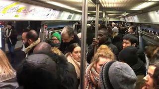 Всеобщая забастовка вызвала транспортный коллапс в Париже