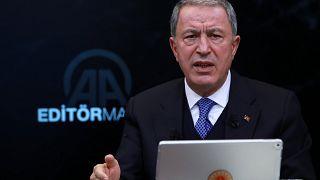 Ο τούρκος υπουργός Άμυνας Χουλουσί Ακάρ