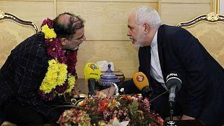 پیشنهاد مبادله همه زندانیان؛ ظریف میگوید توپ در زمین آمریکاست