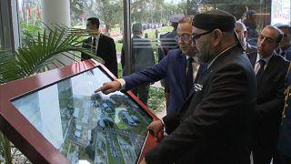 شاهد: العاهل المغربي يفتتح مجمَّع محمد السادس الرياضي