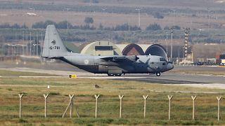 C-130 kargo uçağı