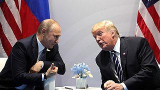 لقاء يجمع الرئيس الأمريكي دونالد ترامب بنظيره الروسي فلاديمير بوتين