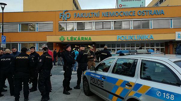 Lövöldözés volt az ostravai kórházban, heten meghaltak