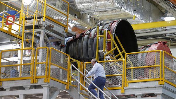 NASA, Ay görevinde kullanılacağı roket platformunu görücüye çıkardı