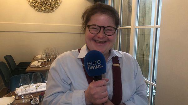 Brüksel'de zihinsel engelli ve down sendromlu bireylerin çalıştığı restoran