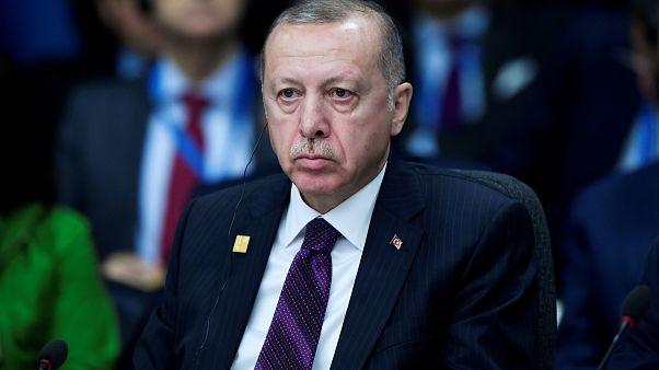 Ερντογάν: Απειλεί να κλείσει την αμερικανική βάση του Ιντσιρλίκ