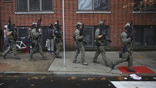 Affrontement armé dans un cimetière et dans les rues de Jersey City, 6 morts