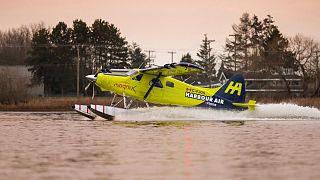 MagniX üretimi elektrikli motorlu Harbour Air deniz uçağı
