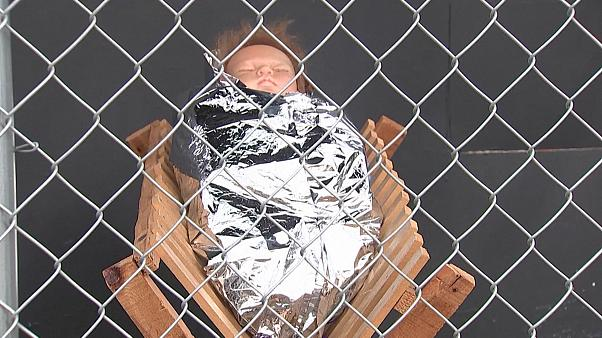 Church's nativity scene in cages to highlight plight of refugees