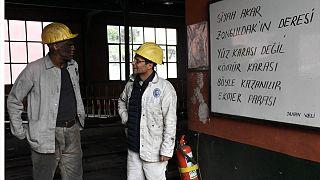 Türkiye'de kayıtlı işçilerin en az yüzde 40'ı asgari ücretle çalışıyor.