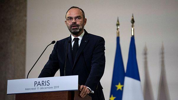 نخستوزیر فرانسه جزئیات طرح اصلاح قانون بازنشستگی را اعلام کرد