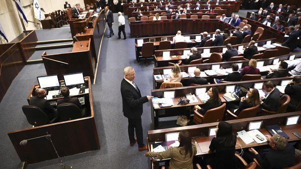 إسرائيل: انتهاء آجال تشكيل حكومة وإجراء انتخابات تشريعية متوقعة في آذار/مارس المقبل