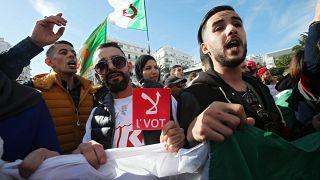 Cezayir'de 20 yıl aradan sonra Buteflika'sız ilk seçim