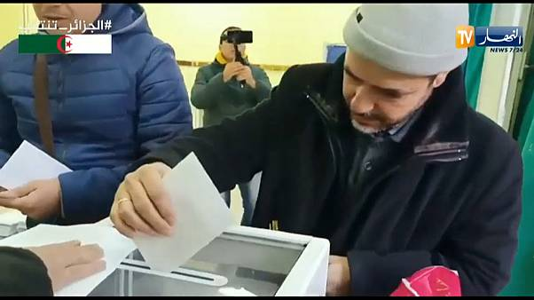 """Eleições ou """"farsa eleitoral"""" na Argélia?"""