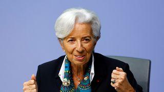 Lagarde mantiene tipos y anuncia una gran revisión de la estrategia del BCE