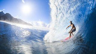 Distanze olimpiche: le gare di surf di Parigi 2024 si terranno a... Tahiti!