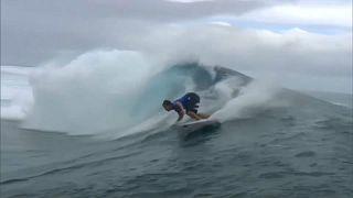 Paris 2024: Wellenreiten vor Tahiti