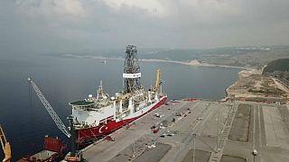 Turchia: la Grecia chiede aiuto all'Ue, l'Italia manda la nave militare