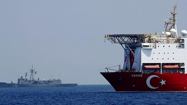 """سفينة الحفر التركية """"يافوز""""  في شرق البحر المتوسط- أرشيف رويترز"""
