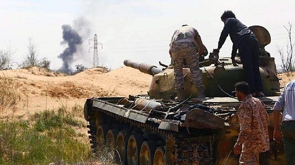 ¨Ωρα μηδέν για την Τρίπολη: Ξεκινά η τελική επιχείρηση κατάληψης από τον Χαφτάρ