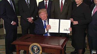 Εμπορικός πόλεμος ΗΠΑ- Κίνας: «Συμφωνία επί της αρχής»