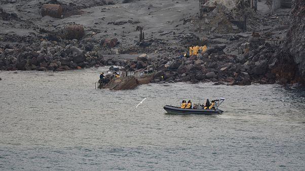 Yeni Zelanda'da yanardağ patlaması sonucu ölenlerin sayısı 14'e yükseldi