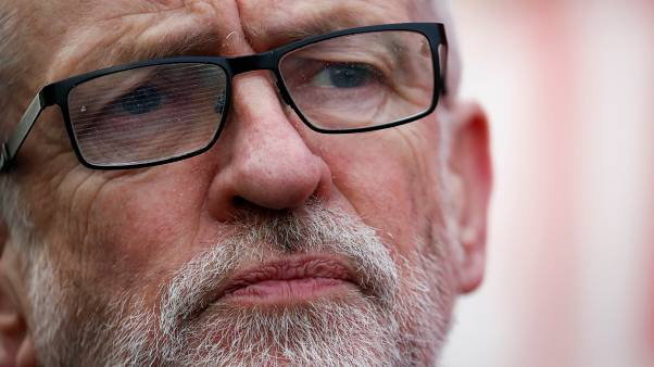 Jeremy Corbyn 'must stand down immediately', say Jewish Labour