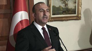 Τσαβούσογλου: «Πολιτικό σόου η αναγνώριση της γενοκτονίας των Αρμενίων »