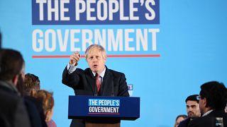 Boris Johnson obtém maioria absoluta
