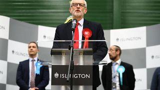 İngiltere'de İşçi Partisi lideri Corbyn seçim hezimetinin ardından istifa etti