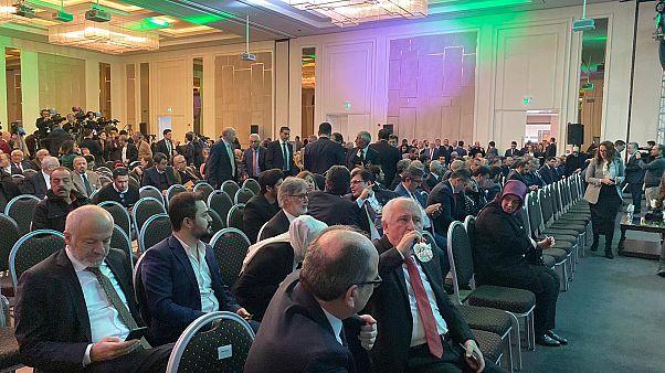 Davutoğlu'nun partisinde kimler var?