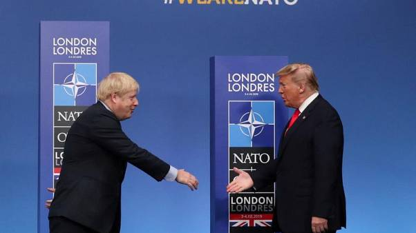 """Трамп поздравил Джонсона, сказав, что теперь страны смогут заключить """"выгодную торговую сделку"""""""