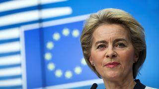 رئيسة المفوضية الأوروبية أورسولا فون دير لاين أمام البرلمان الأوروبي في بروكسل. 2019/12/11