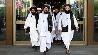 واشنطن تُوقِفُ المفاوضات مع طالبان بعد الهجوم على قاعدة باغرام