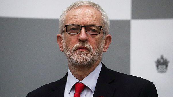 3 أسباب وراء هزيمة حزب العمال التاريخية في الانتخابات البريطانية