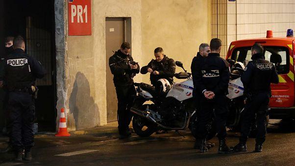 Fransa'da üç askere bıçakla saldıran kişi 30 yıl hapis cezasına çarptırıldı
